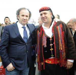 Željko Kerum s mještaninom